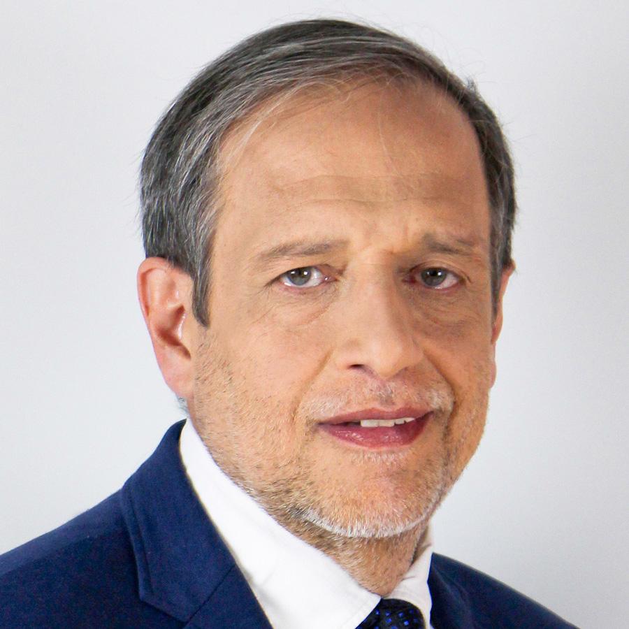 Dr. Pablo Echarri